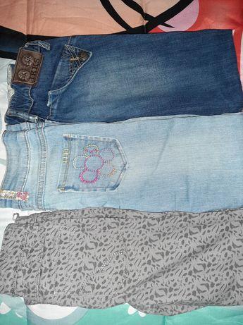 Vendo 3 pares de calças de menina 8 anos