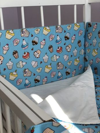 Бортики в кроватку / детская постель / защита в кроватку