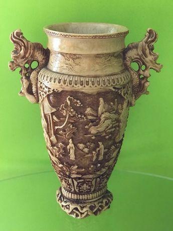 Антикварная керамическая ваза