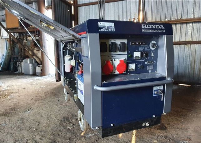 Продам дизельный генератор 12 кВт Honda