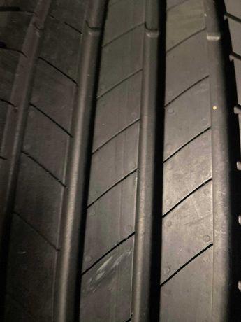 Шини 215х60хR17 Bridgestone Turanza T005 4шт 2020рік 95%Стан НОВИХ
