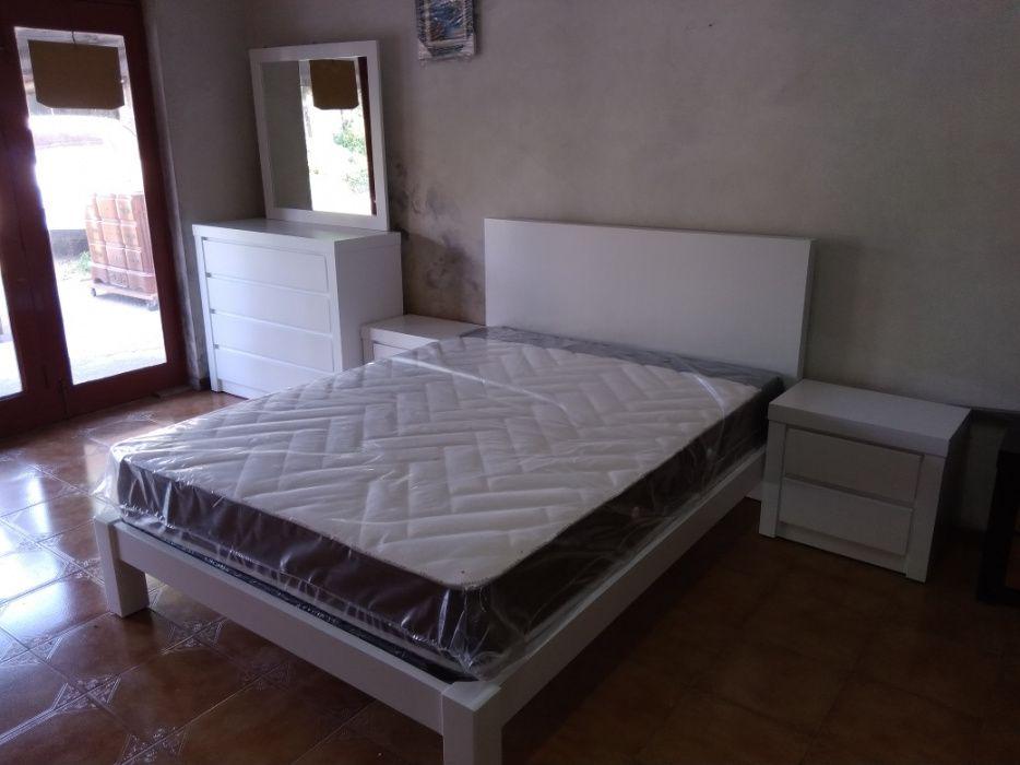 Mobília de Quarto branco ou preto promoção do tranporte se não for lon Vila Nova de Famalicão - imagem 1