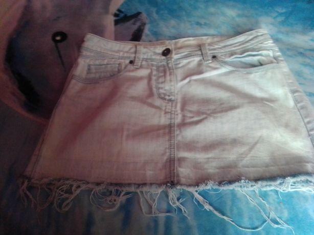 Sprzedam spódnice dżinsową rozmiar 38