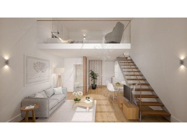 Vende-se Apartamento Loft T1 Mezzanine Novo com Jardim (G...