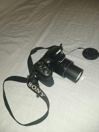 Цифровий фотоапарат SONY DSC H200