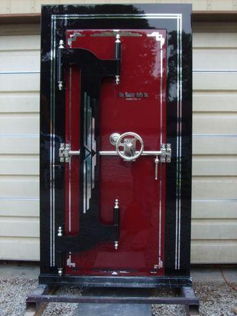 Установка входных дверей, установка дверей.