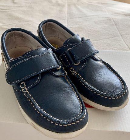 Продаются туфли для мальчика 31 размера!