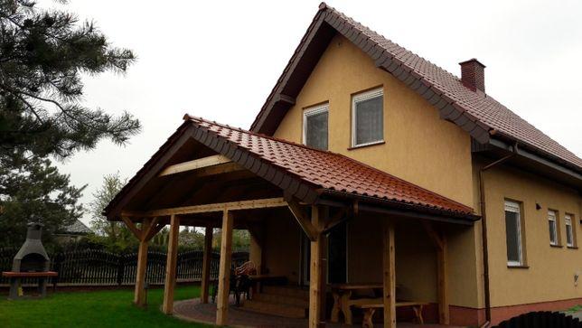 Dom wczasowy nad jeziorem. Dla turystów oraz FIRM