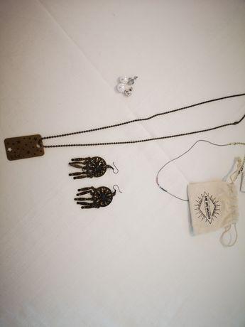 Vendo bijuteria variada brincos colares