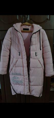 Продам пальто на дівчину