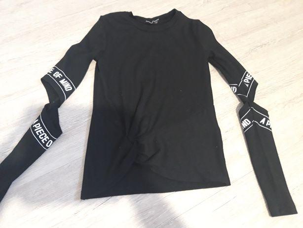 Modna bluzka z ciekawymi rękawami 134 rozmiar