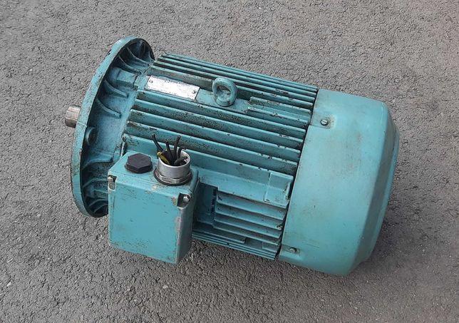 Silnik elektryczny kołnierzowy 3/4 kW, 710/1450 obrotów