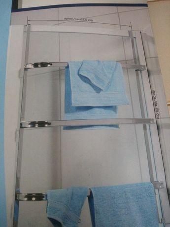 Suporte de toalhas para porta.