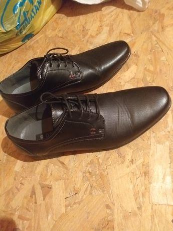 Pantofle meskie 43
