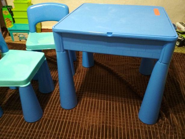 Продам стол и стулья  Tega beby