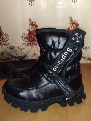 Зимние ботинки для девочки!!!В идеальном состоянии!!!