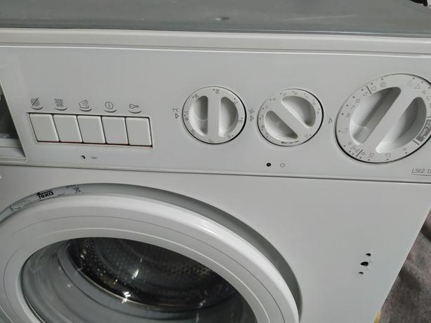 Maquina de lavar roupa teka ( encastrar)