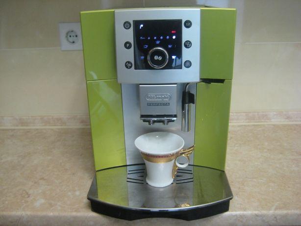 Кавомашина кофемашина кавоварка Delonghi Perfecta 5400