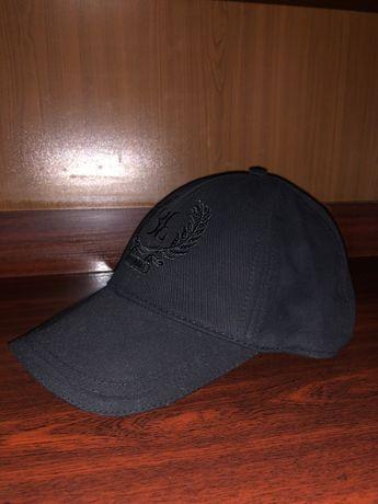 Кепка BILLIONAIRE цвет черный (новая)