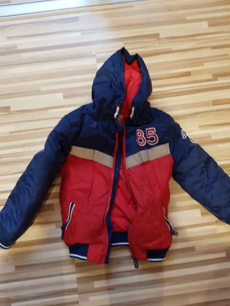 Продам куртку Zara