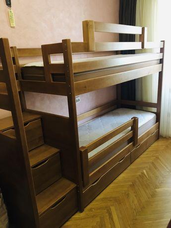 Ліжко двохярусне, дерев'яне