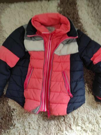 Куртка демисезонная на 3-4 года