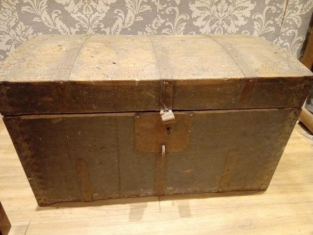 Stary kufer,skrzynia