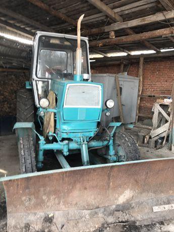 Продам трактор ЮМЗ-6 с прицепом