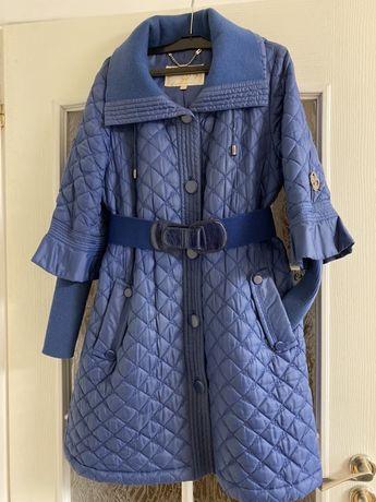 Пальто, підійде для вагітних
