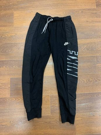 Штаны Nike Graphik logo