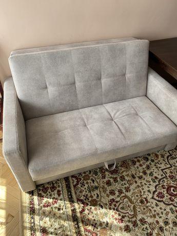 Dwa meble - łóżko i sofa rozkładana