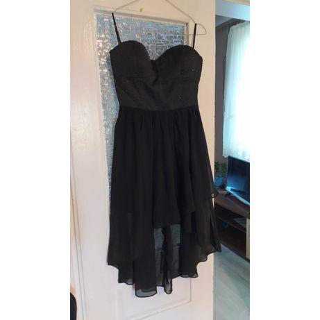 Czarna sukienka z efektem wow