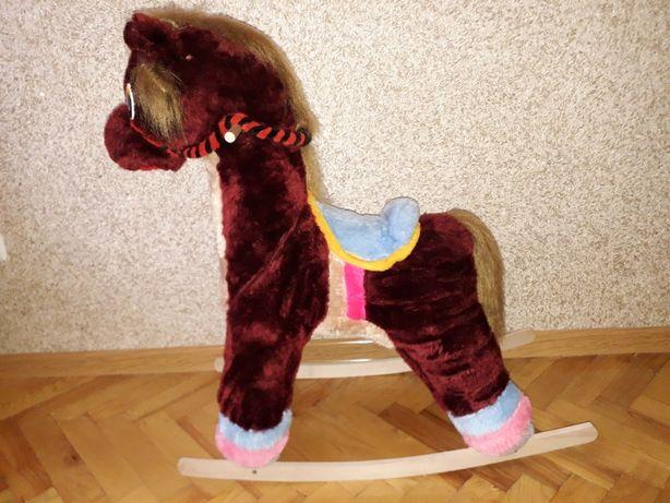 Дитячий коник гойдалка