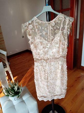 Sprzedam sukienkę S