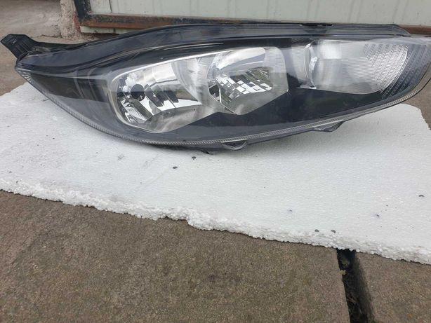 Lampa Ford Fiesta mk7