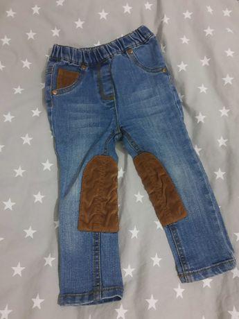 Spodnie jeansy ze wstawkami 86