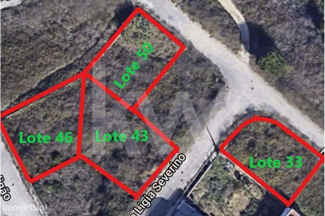 Terreno Para Construção com 303 m2 Na Quinta da Margaça - Charneca da