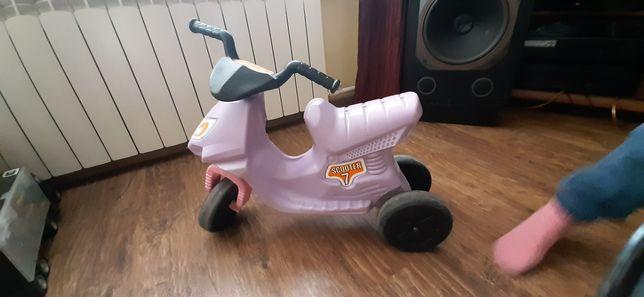 Rowerek biegowy trójkołowy Scooter 7