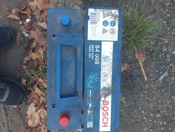 Продам акамулятор Бош здоймлений із  спрінтера  відправлю  нова  пошта