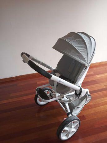 Carrinho de bebé, modelo Quinny Moodd em cinza
