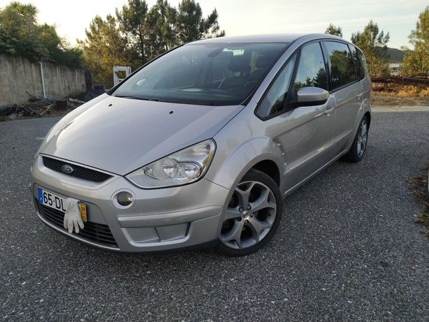 Ford S-MAX poucos KMs