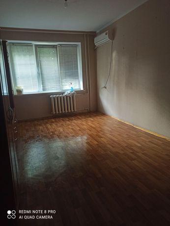 Продаётся 3-х комнатная квартира Долевая 1/2 часть на Левом берегу ул.