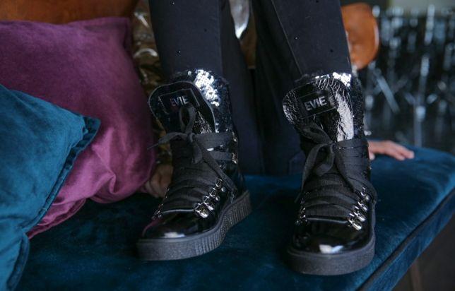 Ботинки Evie 38 р натуральная кожа, мех на девочку сароги, угги