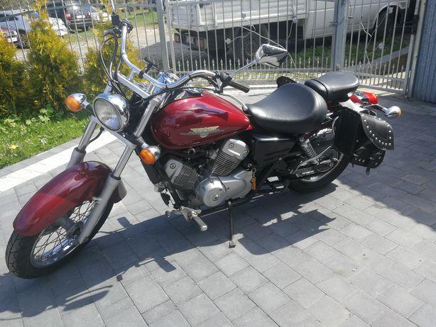 Honda Shadow 125,00cm3
