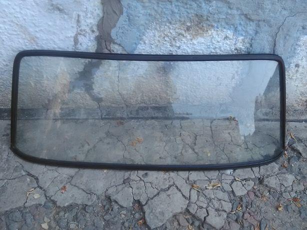 Продам заднее стекло ВАЗ 2101