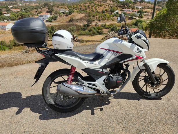 Moto Honda CB125F