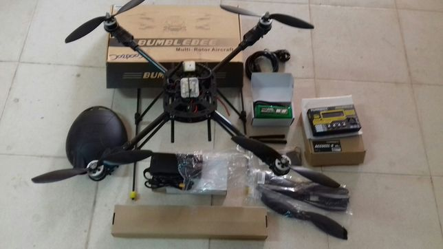 Drone Bumblebee completo