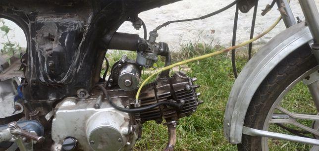 Продам мотоцикл алфа на запчасти