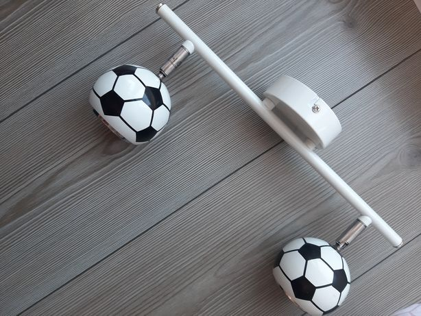 Lampka dwie piłki