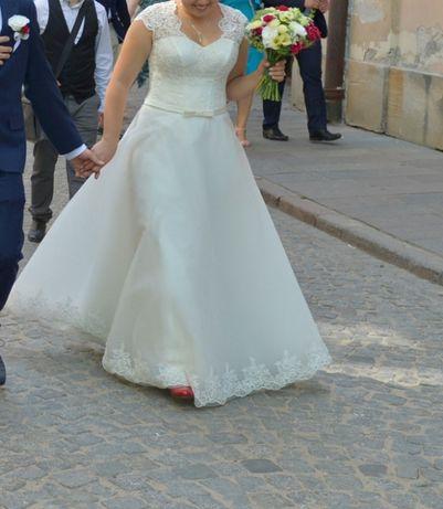 Suknia ślubna szyta na zamówienie kolor Ivory 36-40
